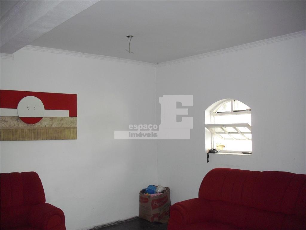 sobrado em ótima localização no bairro jd chapadão. possui 04 dormitórios sendo 03 suítes, 06 wcs,...