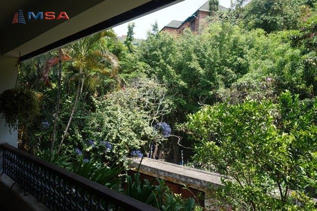 Casa de 4 dormitórios em Lapa, São Paulo - SP