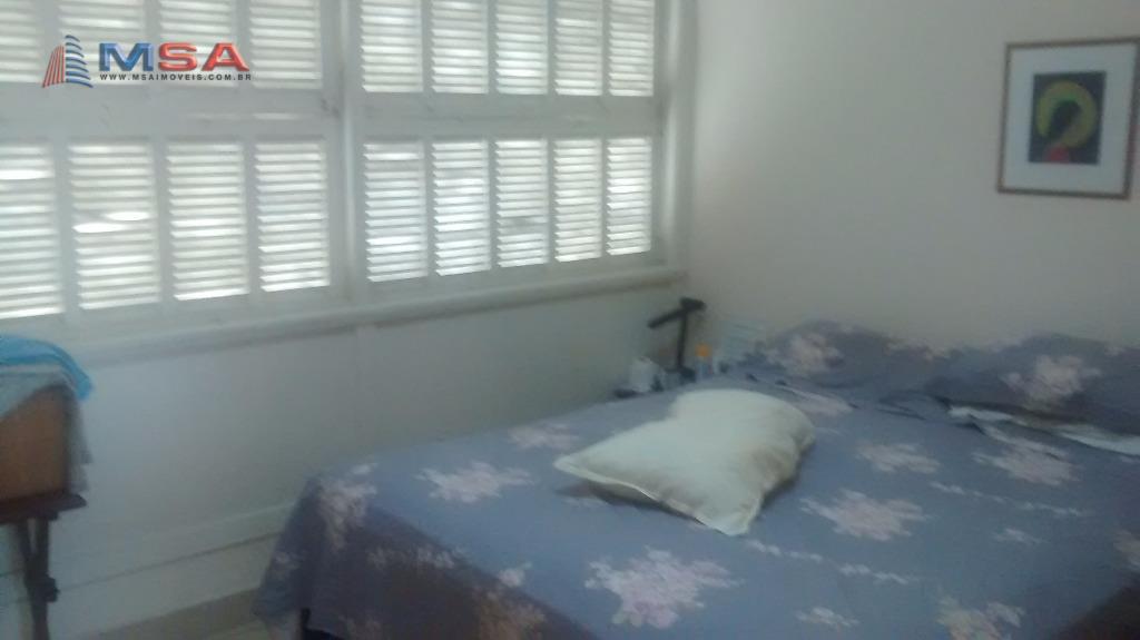 Casa de 4 dormitórios em Perdizes, São Paulo - SP
