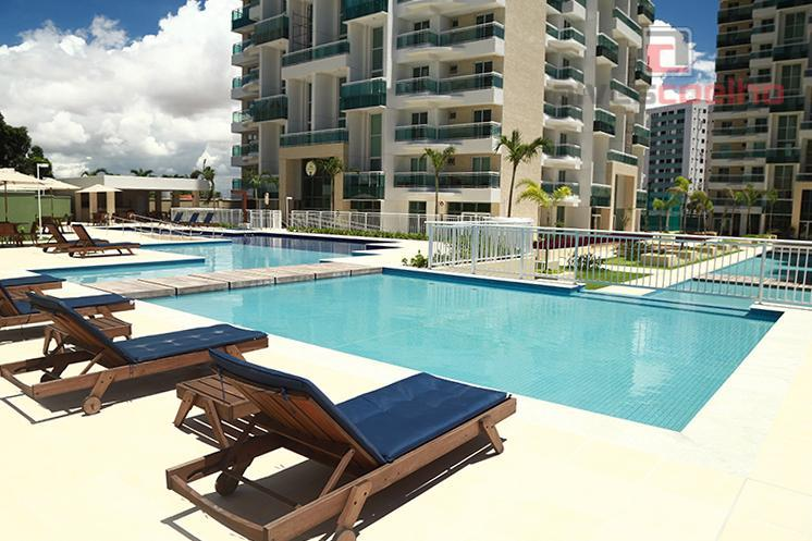 Apartamento residencial à venda ou locação, Guararapes, Fortaleza.
