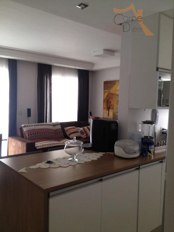 Apartamento no condomínio Avalon I