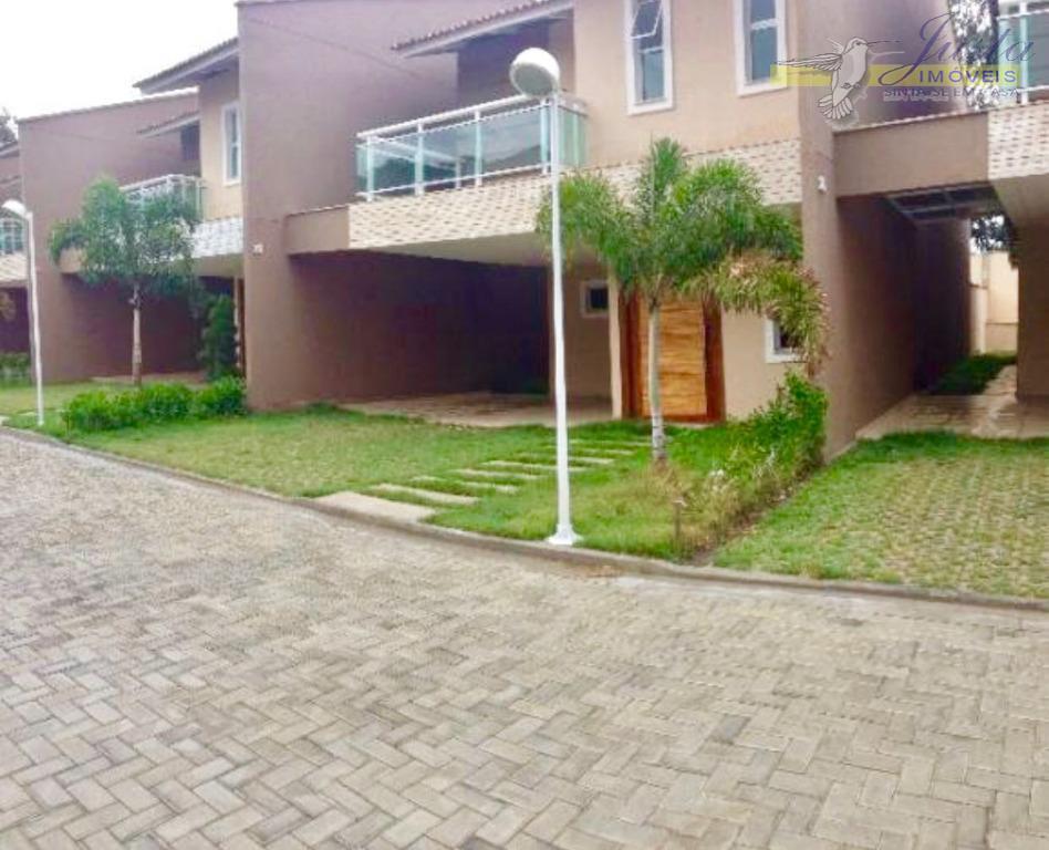 Duplex em condomínio alto padrão no Eusébio