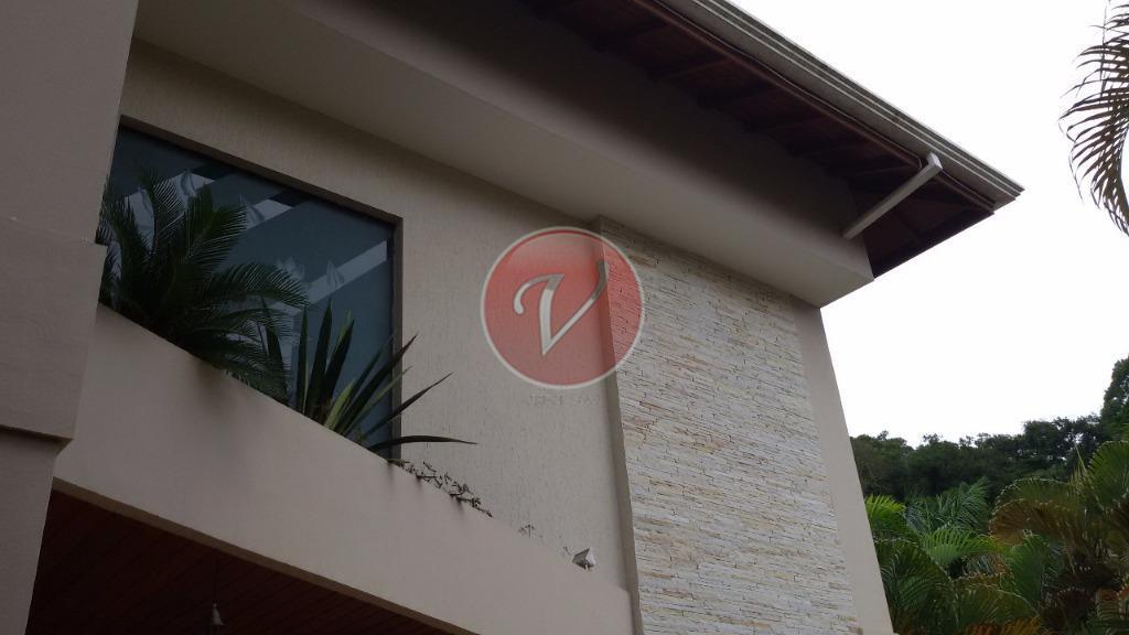 sobrado localizado a 20 minutos da anchieta, condomínio também é ponto excelente para clinicas de repousos,...