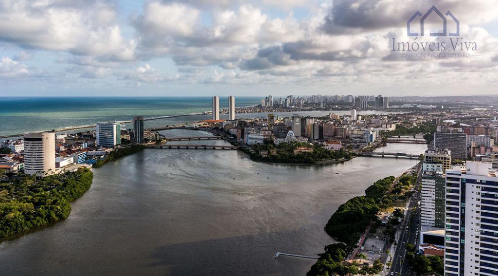 Apartamento à venda, 4 suites, 4 vagas, na Rua da Aurora, Recife.