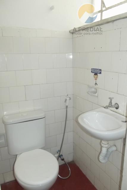còd.12776(meireles) r.pereira filgueiras, 2111 com 3 quartos, sendo 1 suite, sala, sala de estar, sala de...