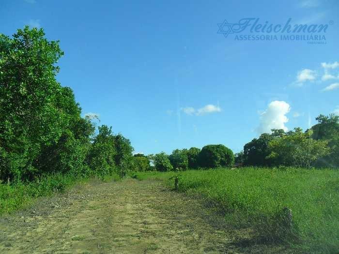 a propriedade excelente para indústriasterreno em mumbeca com 11 hectares, distância da pe-101 para o terreno...