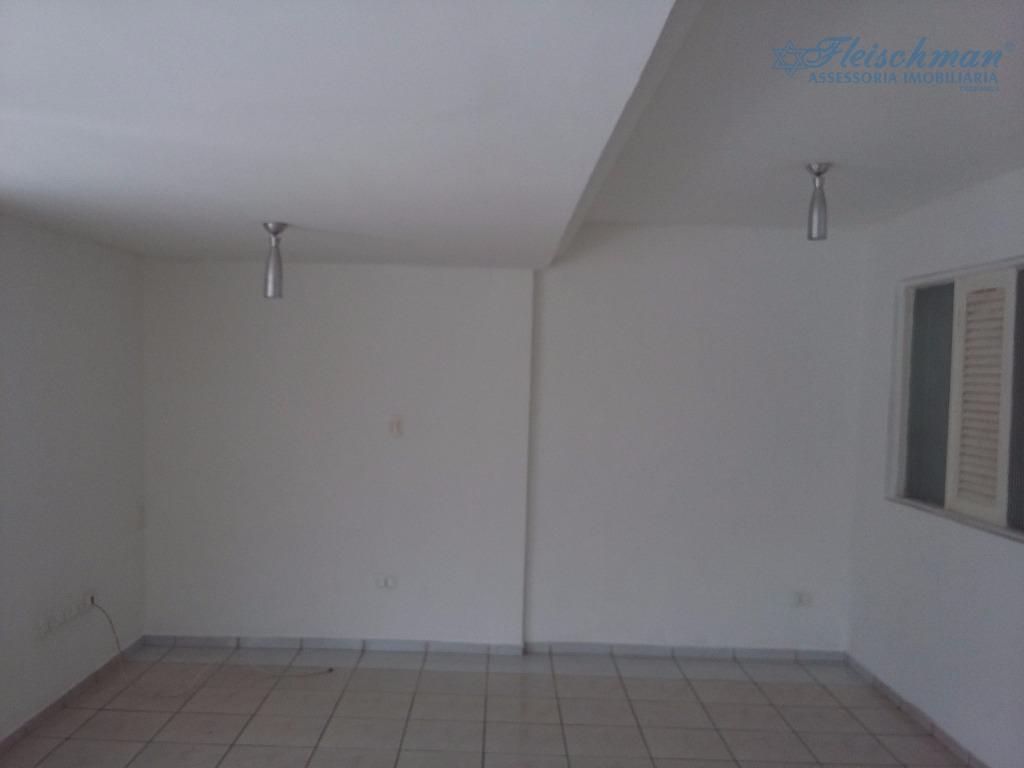 casa:02 quartos, 01 suíte, wc social, lavabo sala para 02 ambientes, cozinha, armário na cozinha e...