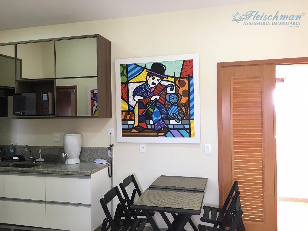 apartamento de alto padrão, mobiliado, beira-mar. são 2 quartos (1 suíte), sala para 2 ambientes, varanda,...