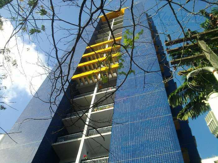 Apartamento residencial à venda, Jaqueira, Recife - AP0907.