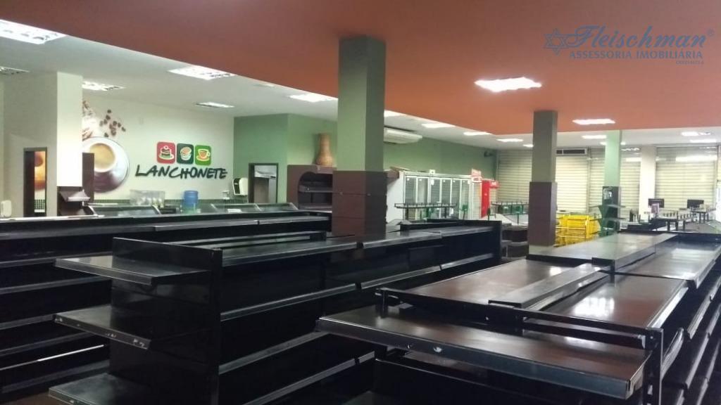 prédio comercial no espinheiro.repasse de ponto com todas as instalações, onde funcionava o hort frut dom...