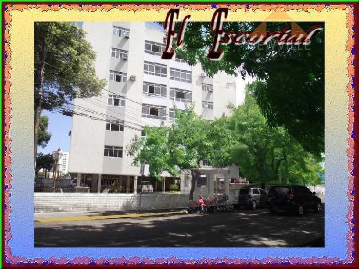 Apartamento residencial à venda, Graças, Recife - AP0300.