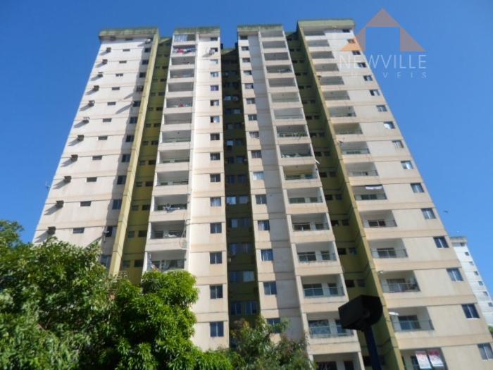 Apartamento residencial à venda, Várzea, Recife - AP0249.