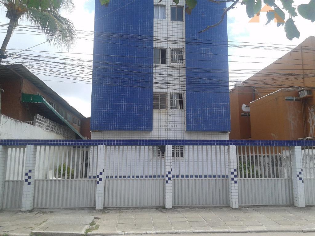 Apartamento residencial para venda e locação, Candeias, Jaboatão dos Guararapes - AP0165.