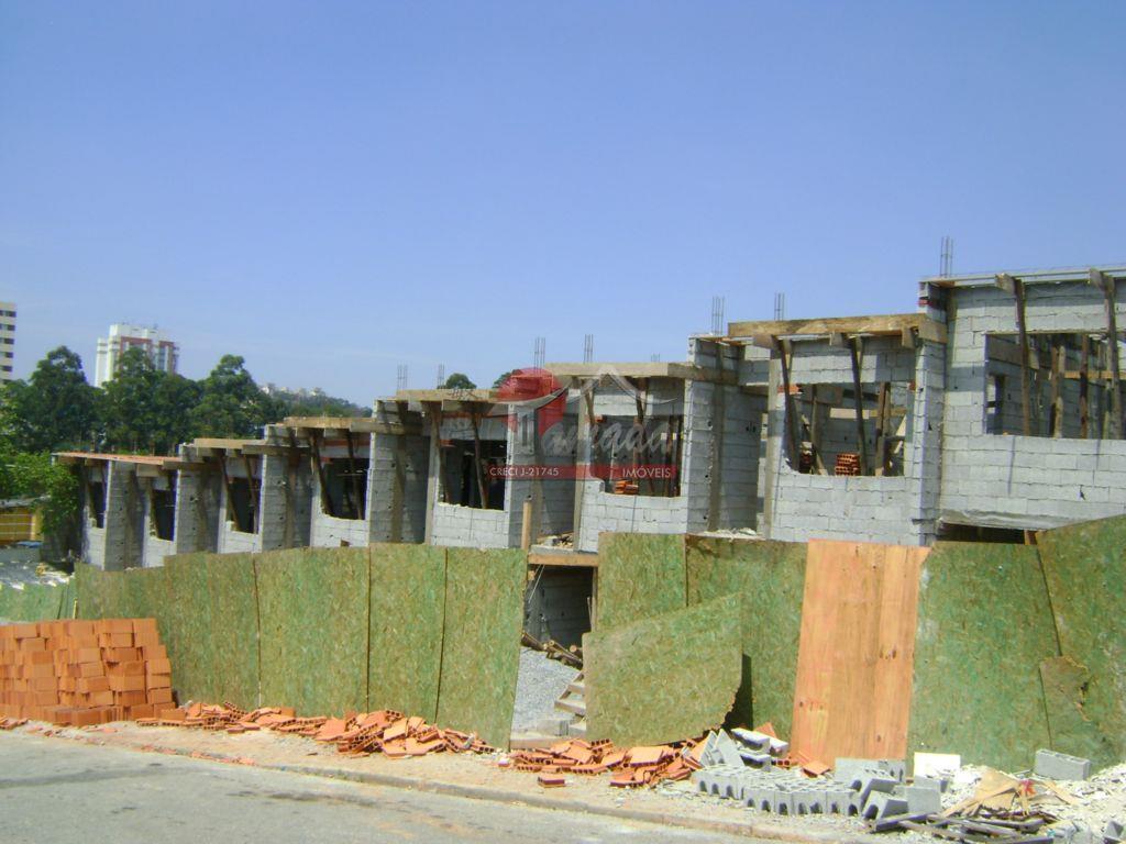 Sobrado residencial à venda, Itaquera, São Paulo - SO0016.