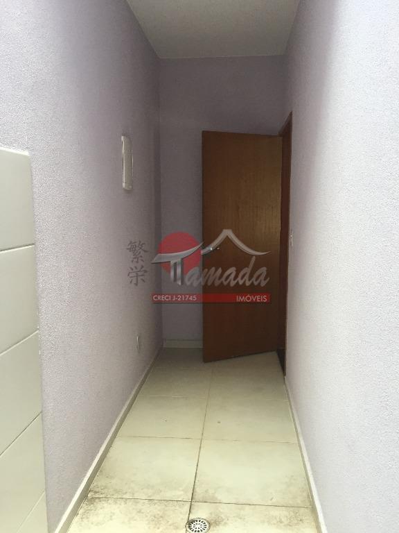 Sobrado de 3 dormitórios em Vila Domitila, São Paulo - SP