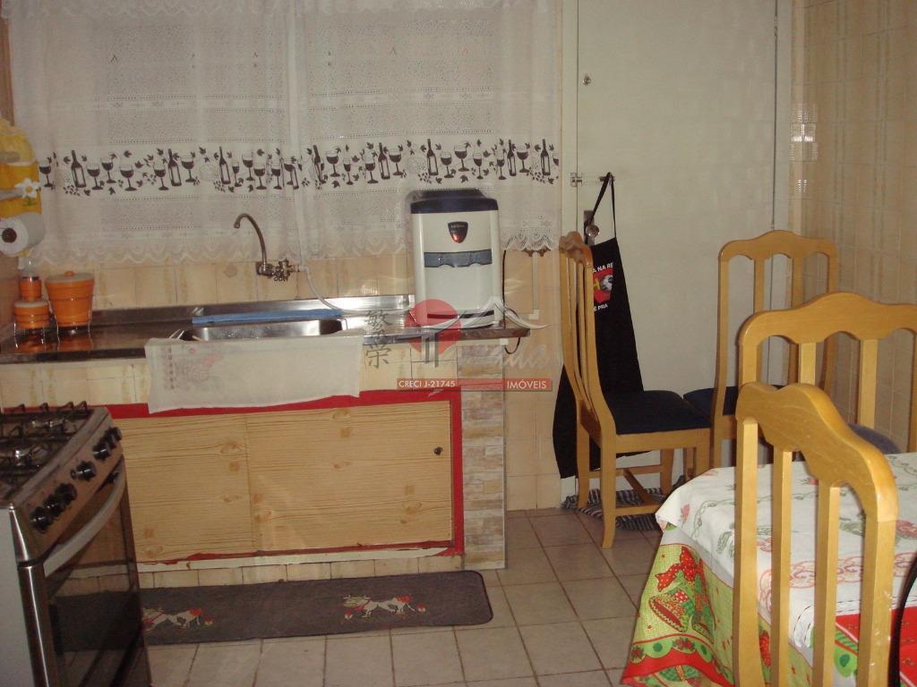 Casa de 2 dormitórios à venda em Vila Caju, São Paulo - SP