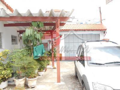 Casa de 2 dormitórios em Vila Constança, São Paulo - SP