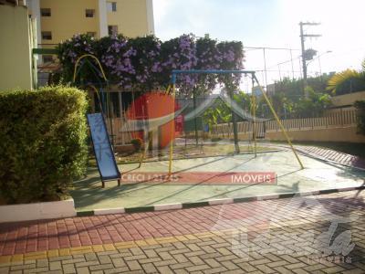 Sobrado de 3 dormitórios à venda em Jardim Nove De Julho, São Paulo - SP