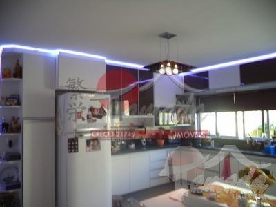 Casa de 3 dormitórios à venda em Vila Marieta, São Paulo - SP