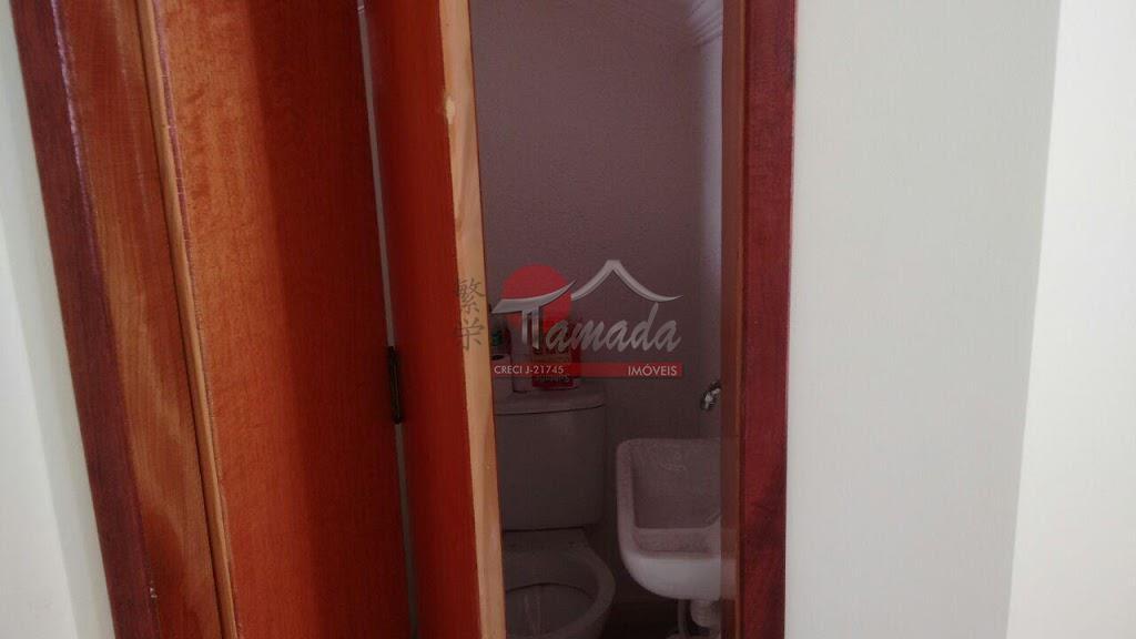 Sobrado de 2 dormitórios em Vila Granada, São Paulo - SP