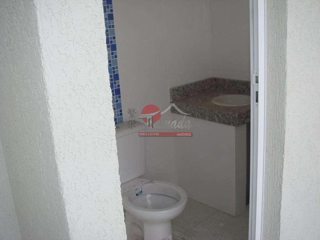 Sobrado de 2 dormitórios em Vila Santana, São Paulo - SP