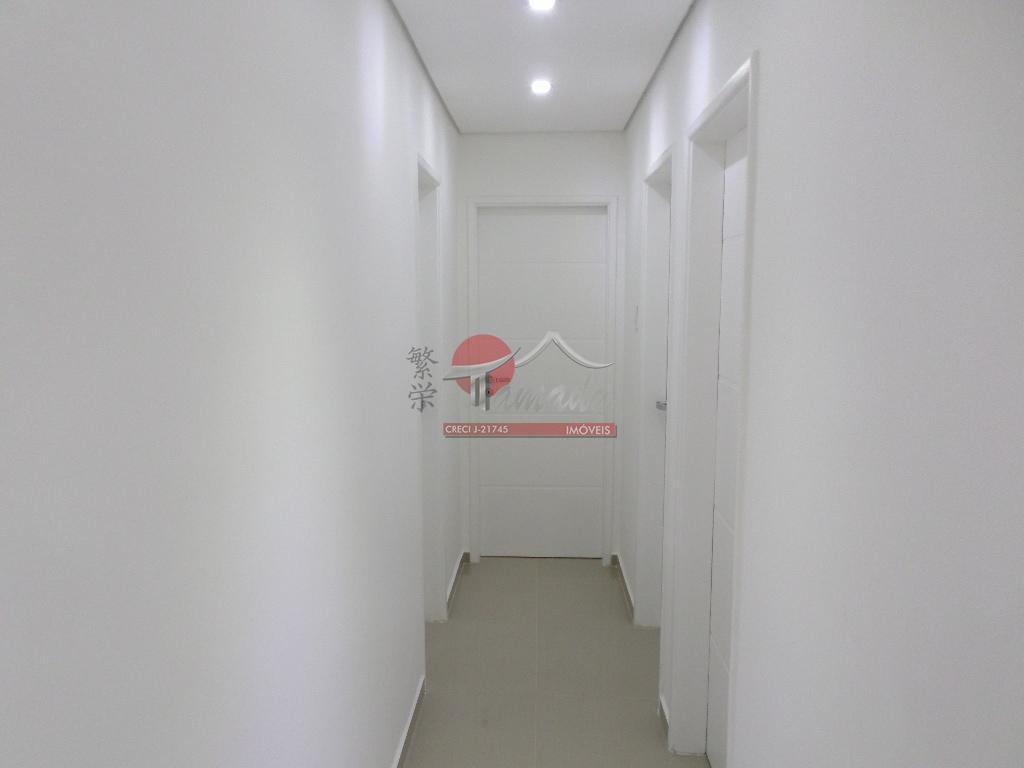 apto de 3 dorm. c/ 1 suite todo reformado à 400 m. do metro da v....