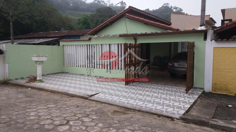 Casa com 2 dormitórios à venda, 90 m² por R$ 220.000 - Jd Aguapeu - Mongaguá/SP