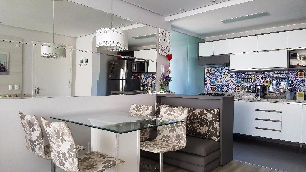 Apartamento residencial à venda, Jardim Itália, Porto Alegre.