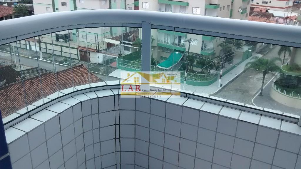 Apartamento com sacada goumet à venda, Campo da Aviação, Praia Grande.