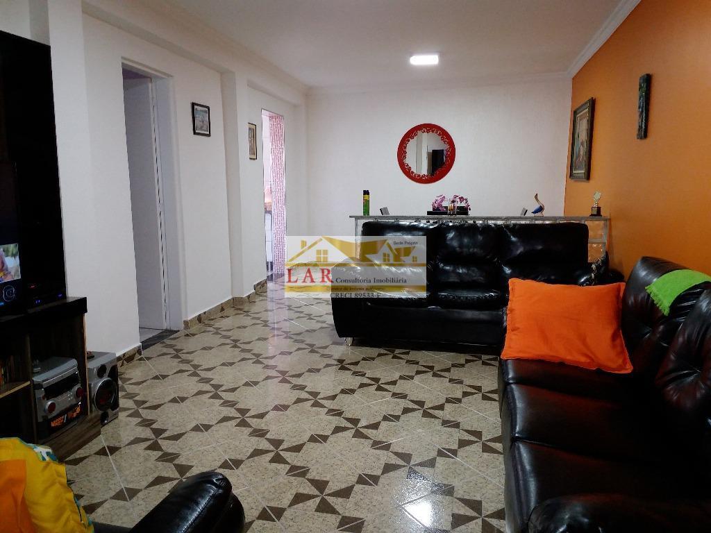 Casa toda reformada residencial à venda, Vila Tupi, Praia Grande.