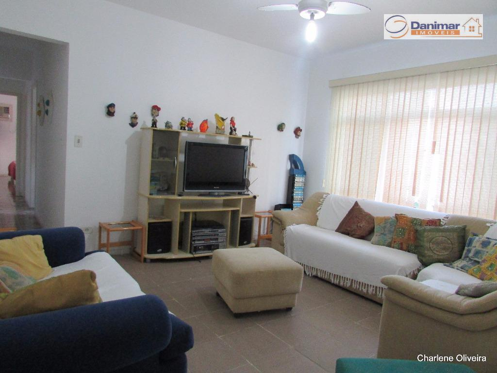 Apartamento residencial à venda, Enseada, Guarujá.