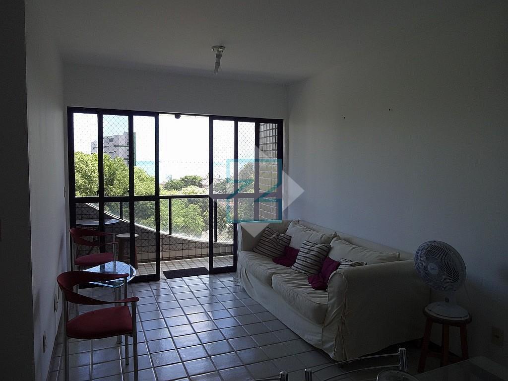 Apartamento residencial para locação, Ponta da Terra, Maceió.