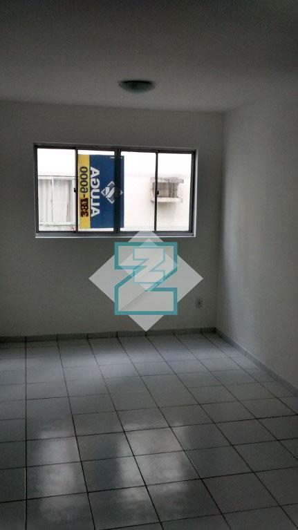 Apartamento residencial para locação, Santa Lúcia, Maceió.