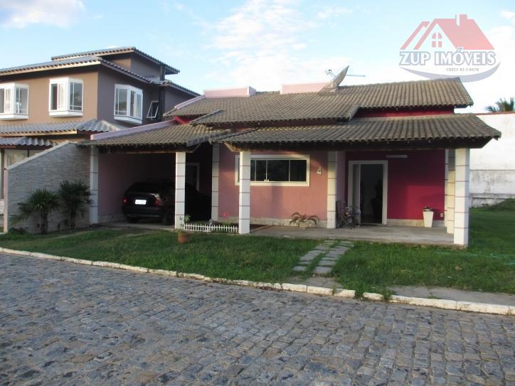 Excelente casa linear em condomínio pequeno e aconchegante.