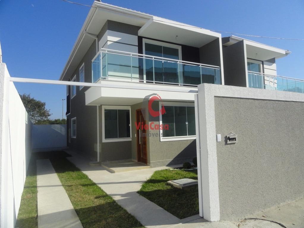 Linda Casa Duplex de de 3 quartos sendo 2 suítes, Próximo a Rodovia e Comércios