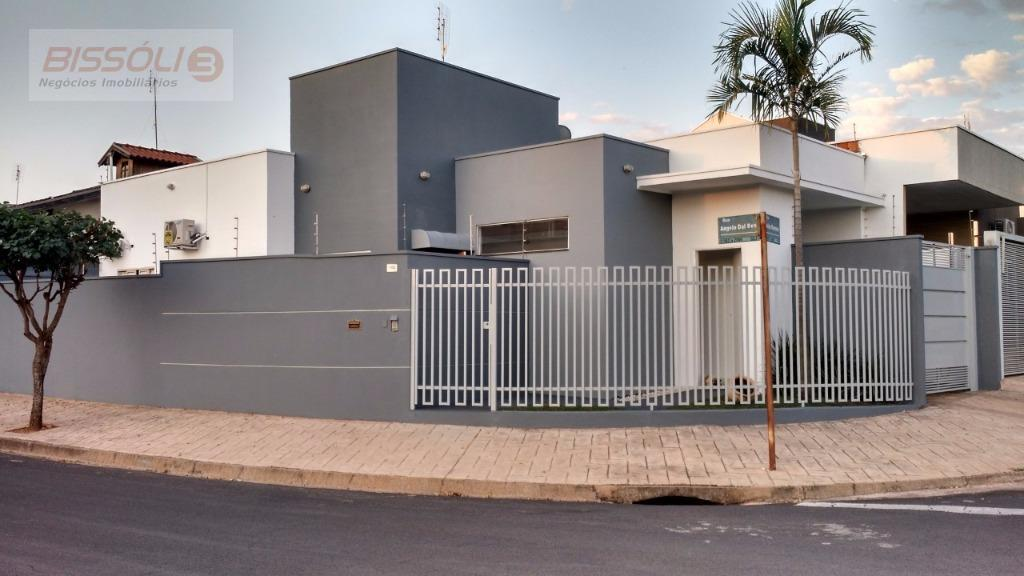 Casa residencial à venda, Conjunto Habitacional Jamir D Antônio, Votuporanga.