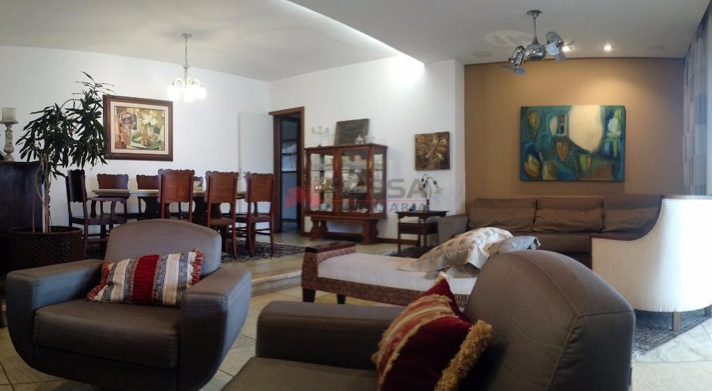 Apartamento 4 quartos na Praia do Canto, Vitória.