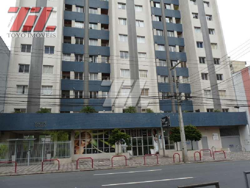 Apartamento residencial para locação, Centro, Curitiba - AP0068.
