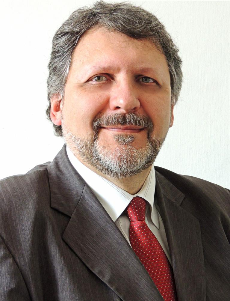 Alberto Dluzniewski